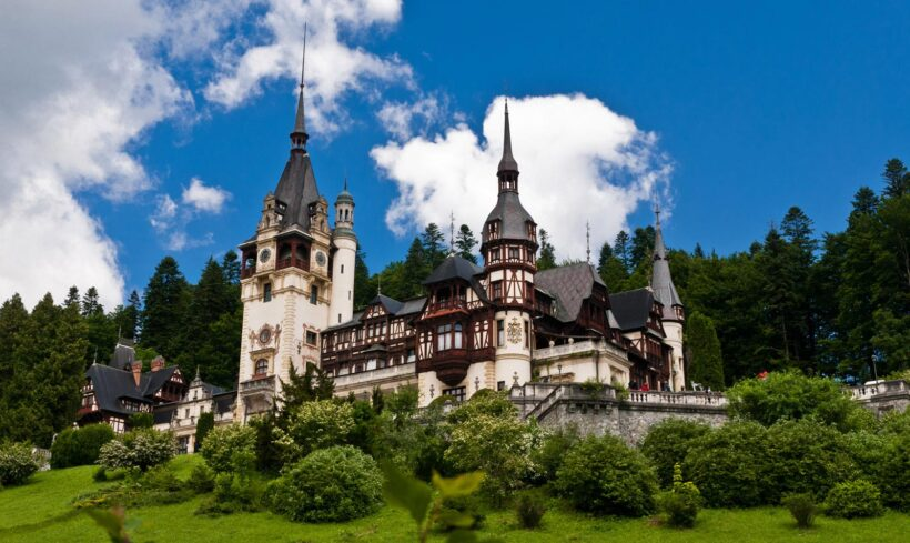 Peles Castle and Pelisor Castle Tour – Sinaia
