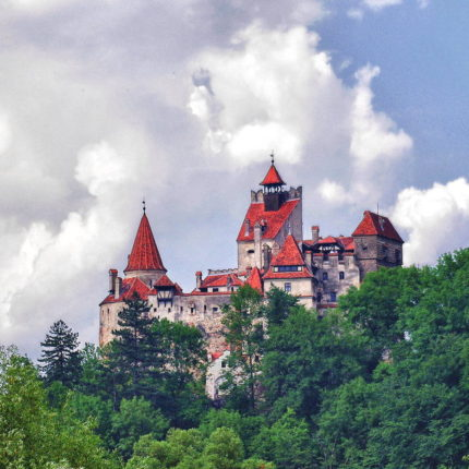 Private Tour to Bran Castle (Dracula's Castle)